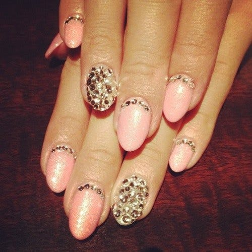 Salon Pearl Nails