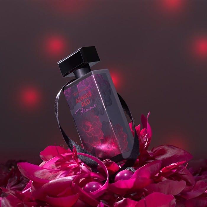 Elizabeth Arden Always Red Femme fragrance