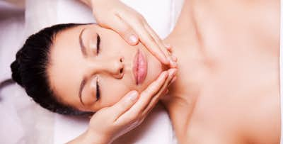 £19 for a Dermalogica Facial with Head Massage