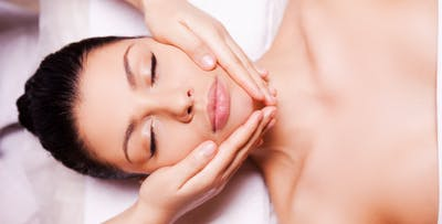 £29 for a Hot Stone Back Massage + Back Scrub & Facial