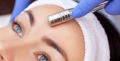 £25 for a Microdermabrasion or Eminence Firming Package