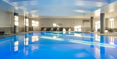 Spa Experience with 50 Minute Treatment, Glass of Prosecco & Use of Facilities, from £65