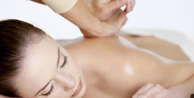 £19 for a 60 Minute Manipulative Therapy + Massage