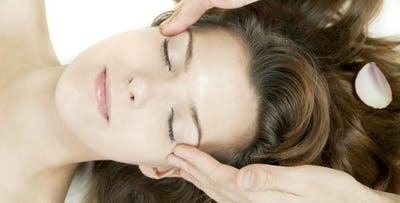 £15 for an Express Facial. £22 for an Expess Facial + Back, Neck & Shoulder Massage