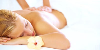£14 for a Swedish or Deep Tissue Back, Neck & Shoulder Massage