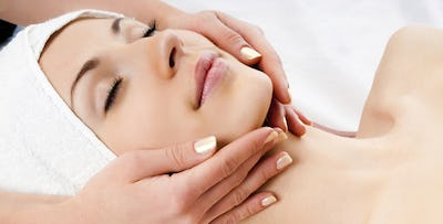 £27 for an Hour Rose Pamper Package including 3 Treatments