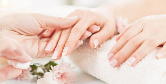 £7.50 for a Shellac Manicure. £10 for Natural or French Tip Acrylics