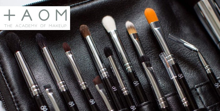 Branded 20-Piece Makeup Brush Set with Option to add One-on-One Masterclass from The Academy of Makeup, Glasgow ››