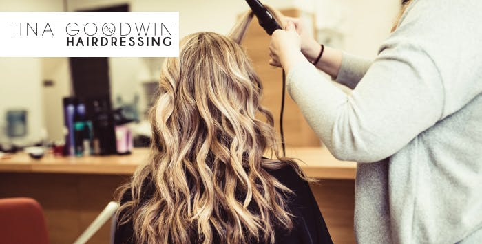 £20 for a Cut & Blow Dry with Conditioning Treatment